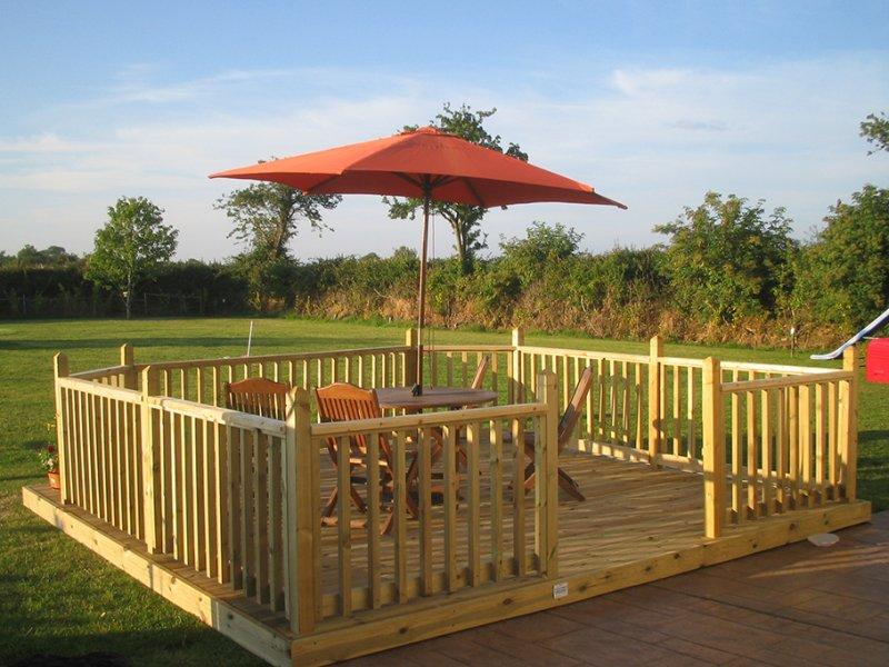 patio-decking.jpg