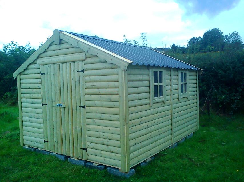 logboard_shed.jpg